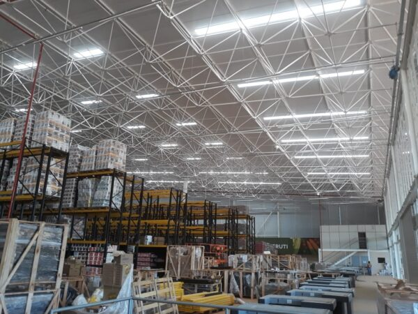 iluminação natural industrial